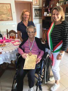 Compie 90 anni la Sig.Dina Barbugian