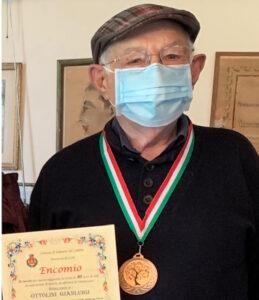 90 anni in motocicletta per il Sig. Gianluigi OTTOLINI