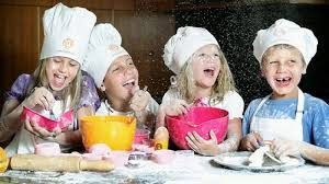 MASTER CHEF ragazzi: attività di cucina con i ragazzi dei laboratori gioco-studio delle medie