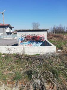 Atti vandalici in paese